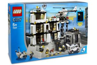 Lego Police Station 7237 Complete Set in Box