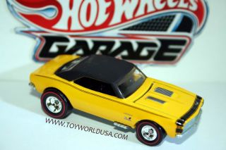 2011 Hot Wheels Garage 67 Chevy Camaro 30 Car Set  Exclusive