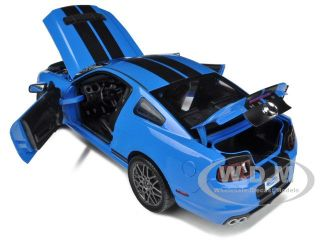 2013 Ford Shelby Mustang GT500 SVT Cobra Blue Blk 1 18 Shelby