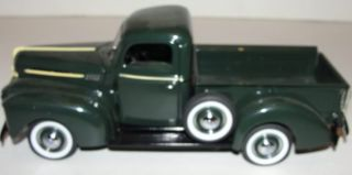 Danbury Mint 1942 Green Ford Pickup Truck Diecast