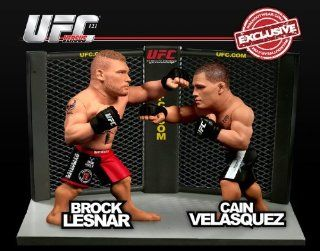 Figure 2Pack Brock Lesnar Vs. Cain Velasquez UFC 121 Toys & Games